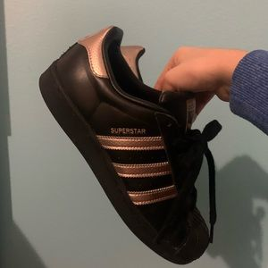 Superstar Adidas Black/Gold